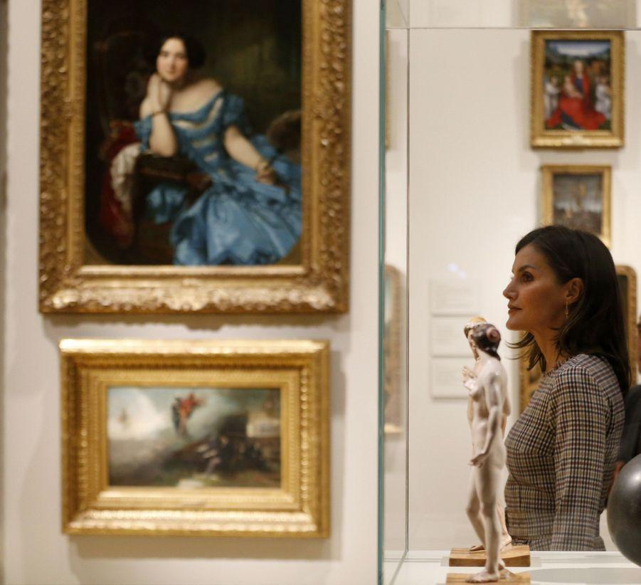 La reine Letizia d'Espagne au Musée du Prado à Madrid, le 19 novembre 2018
