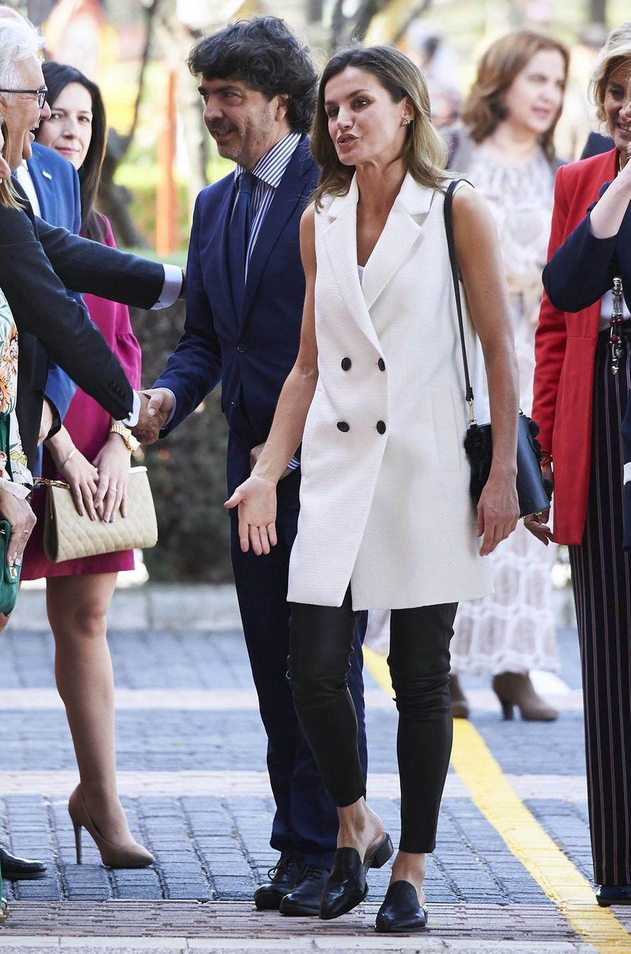 La reine Letizia d'Espagne à Villanueva de la Serena, le 26 avril 2018