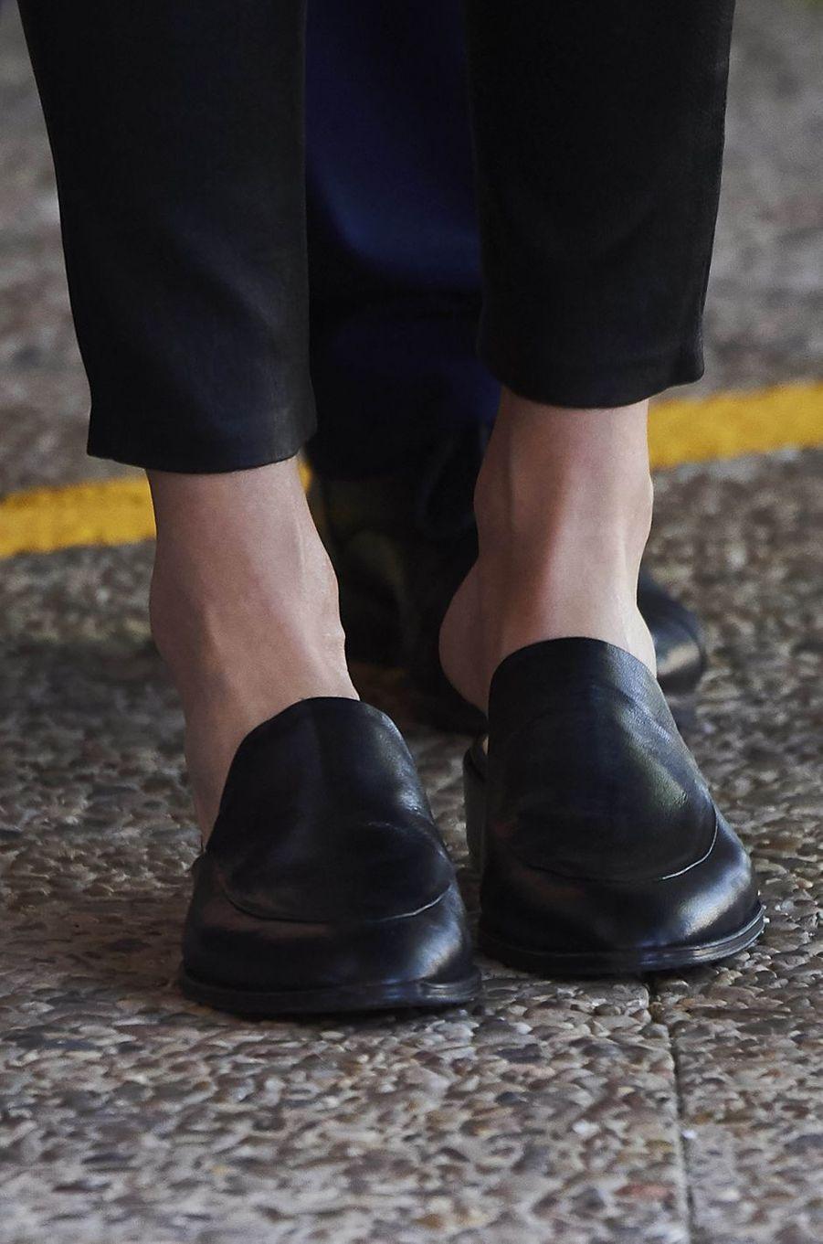 Les chaussures de la reine Letizia d'Espagne à Villanueva de la Serena, le 26 avril 2018