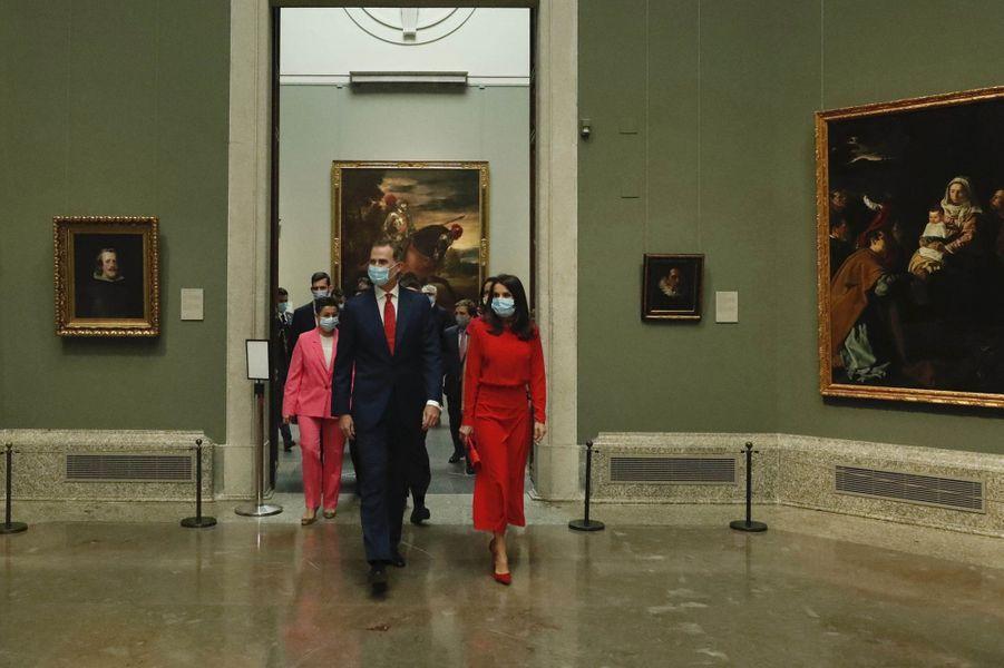 La reine Letizia et le roi Felipe VI d'Espagne au Musée du Prado à Madrid, le 18 juin 2020