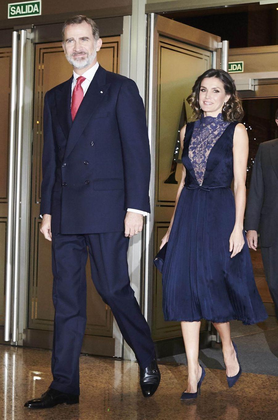 La reine Letizia et le roi Felipe VI d'Espagne à l'Auditorium national à Madrid, le 5 décembre 2018