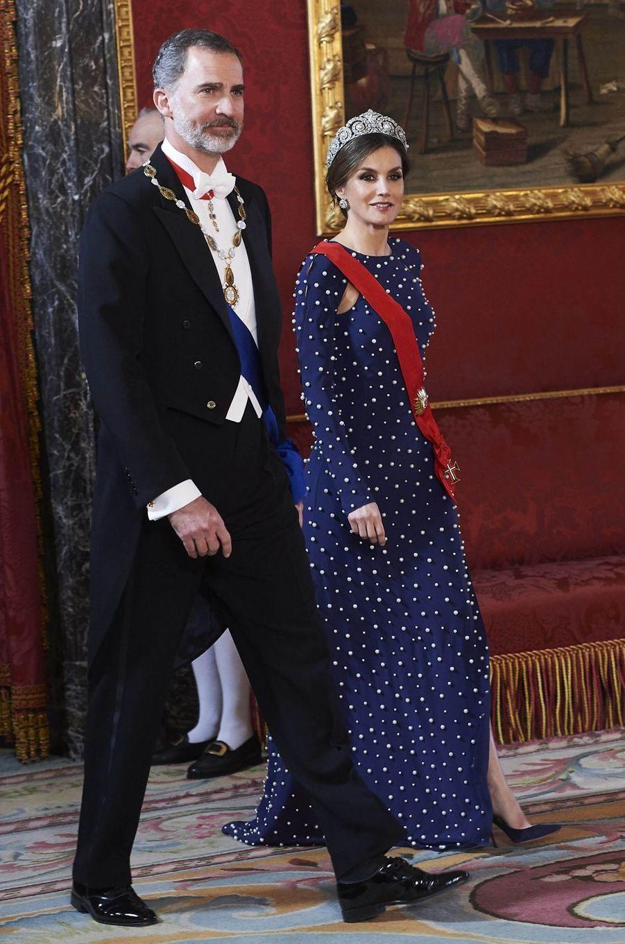 La reine Letizia et le roi Felipe VI d'Espagne à Madrid, le 16 avril 2018