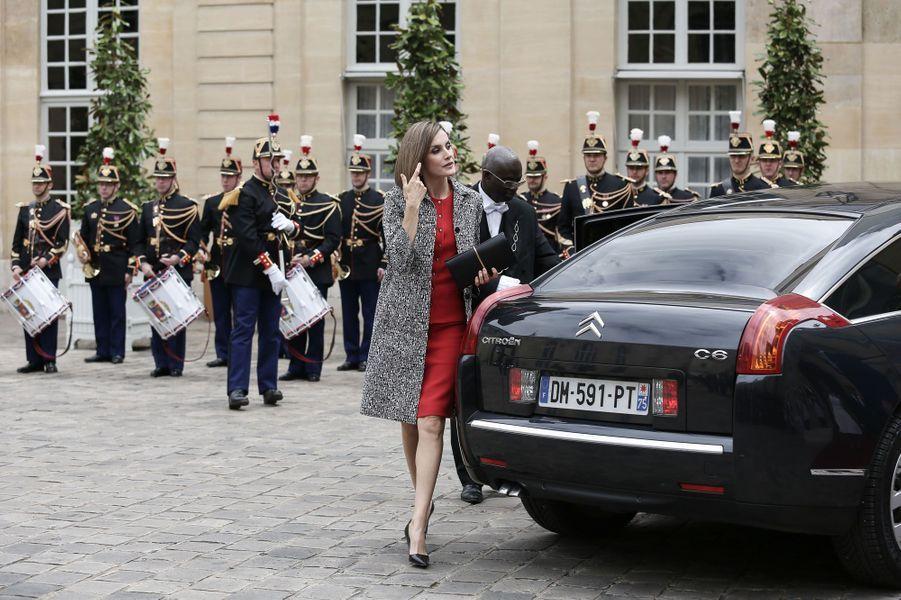 Un couple royal dans les palais de la République