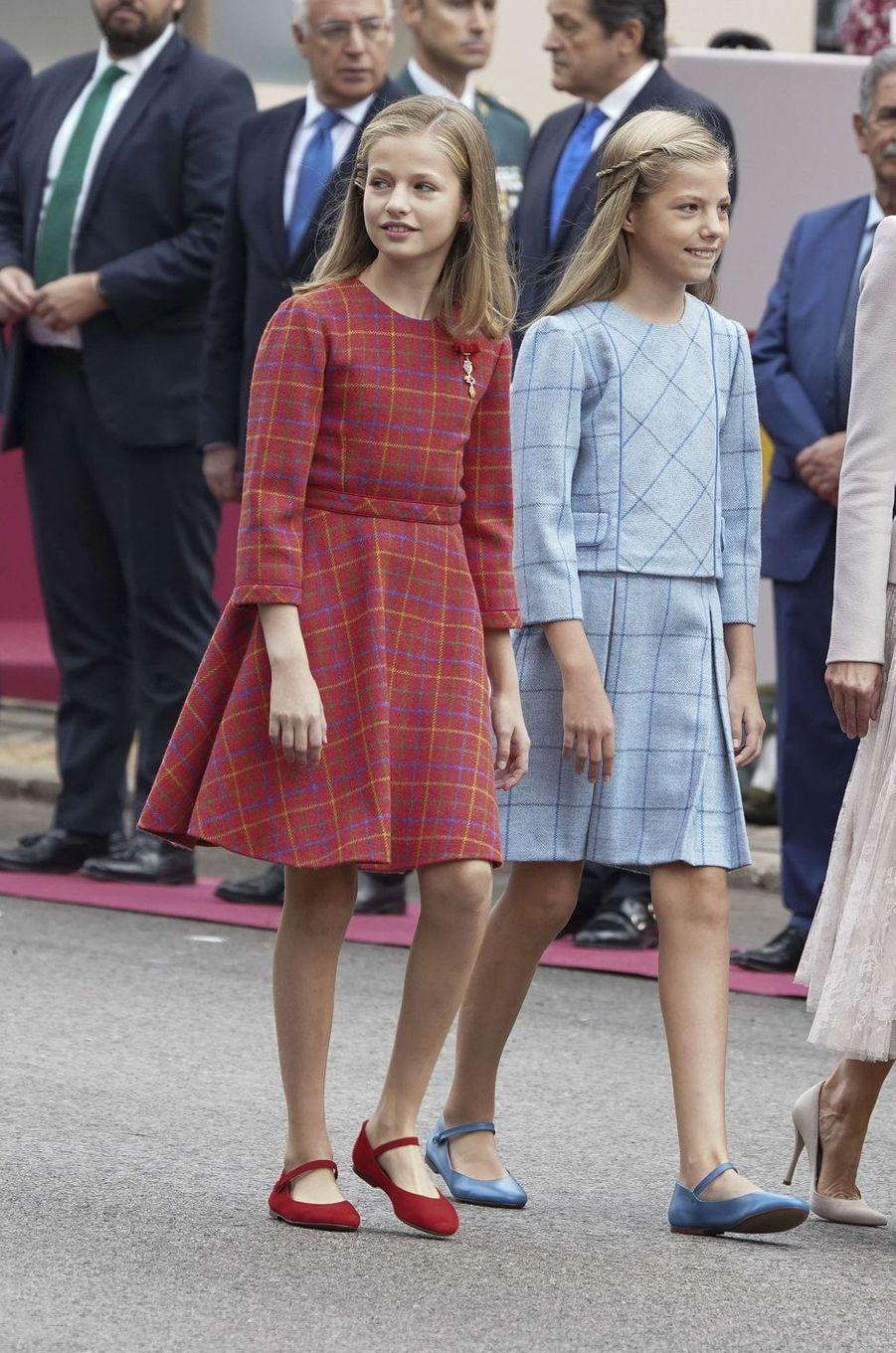 Les princesses Leonor et Sofia d'Espagne à Madrid, le 12 octobre 2018