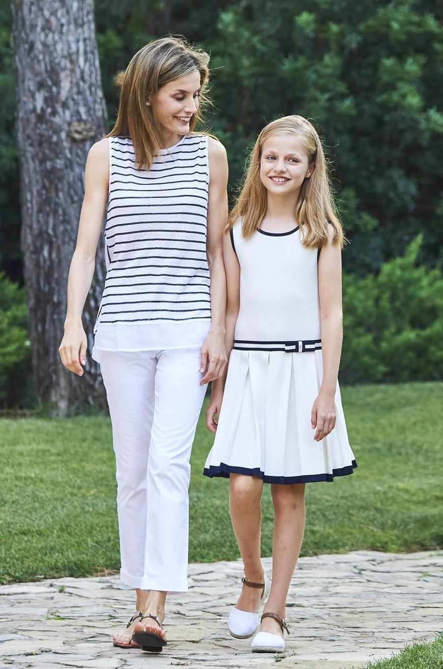 La reine Letizia d'Espagne avec la princesse Leonor à Palma de Majorque, le 4 août 2016