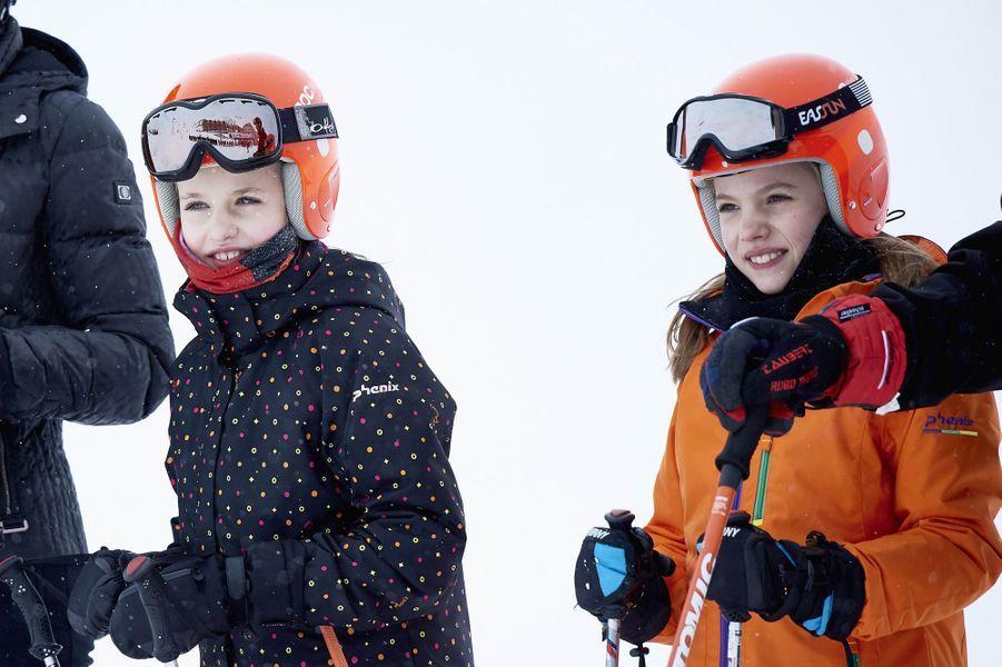 Les princesses Leonor et Sofia d'Espagne à Astun, le 5 février 2017