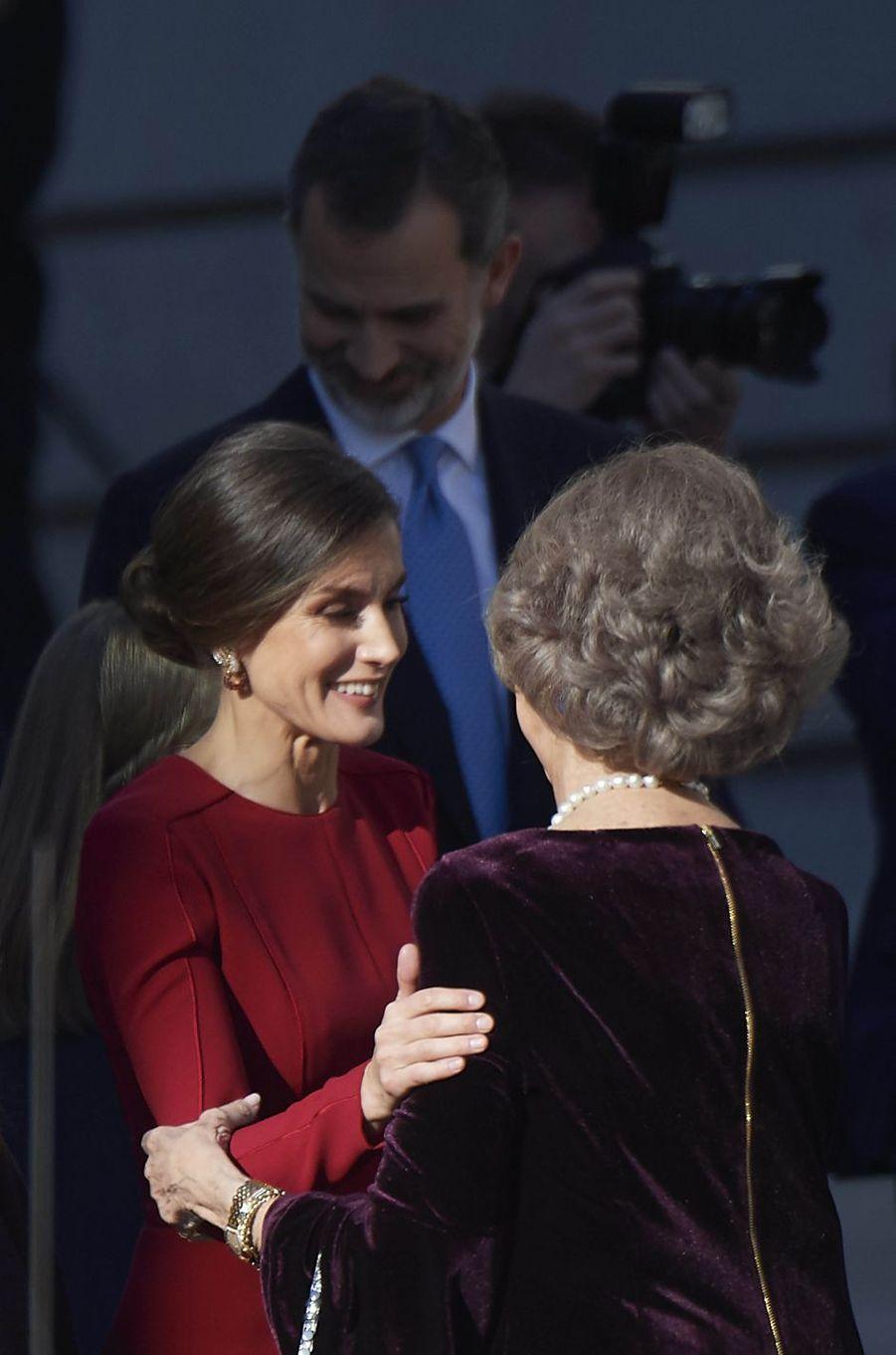 La reine Letizia d'Espagne et l'ex-reine Sofia à Madrid, le 6 décembre 2018