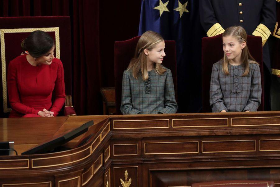 La reine Letizia d'Espagne et les princesses Leonor et Sofia à Madrid, le 6 décembre 2018