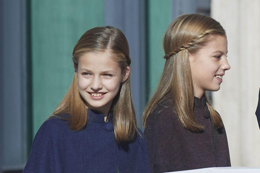 Les princesses Leonor et Sofia d'Espagne à Madrid, le 6 décembre 2018