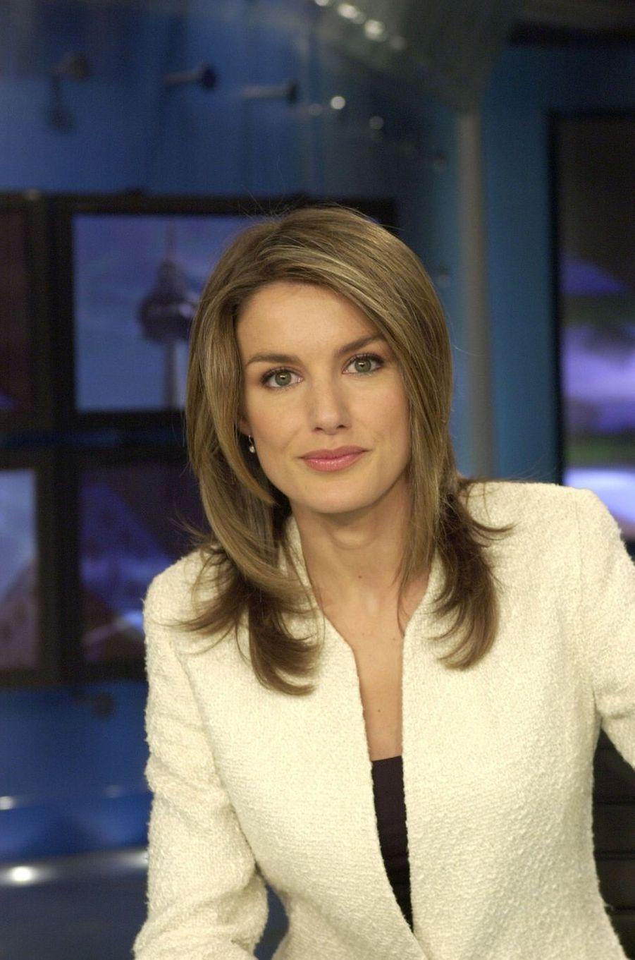 Letizia Ortiz journaliste à la télévision, avant ses fiançailles