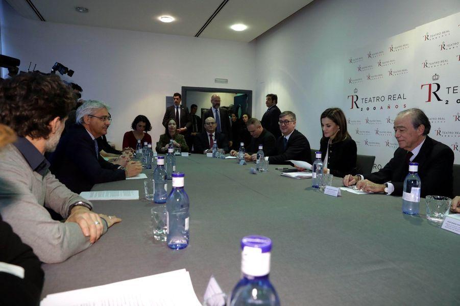 La reine Letizia d'Espagne en réunion au Teatro Real à Madrid, le 15 mars 2018