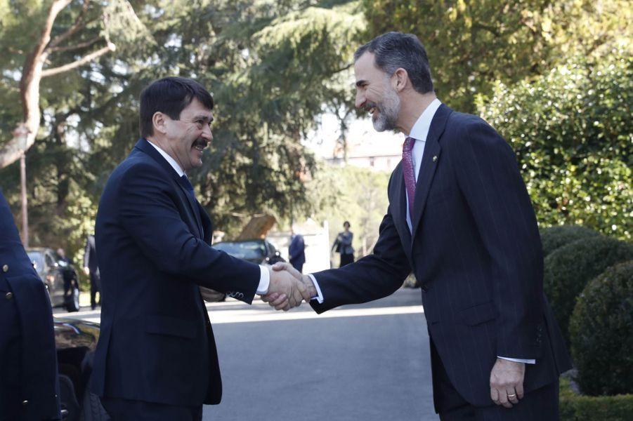 Le roi Felipe VI d'Espagne et le président hongrois à Madrid, le 17 février 2017