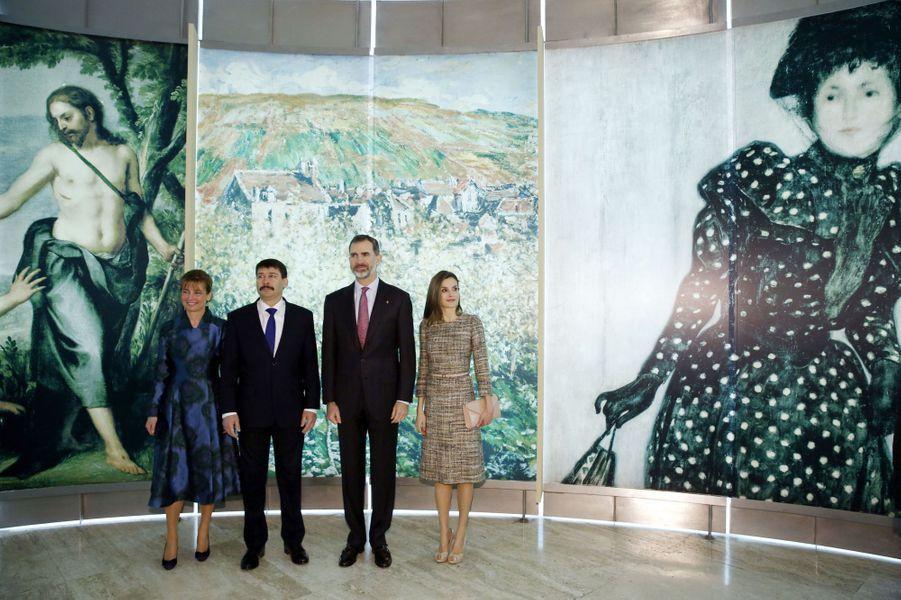 La reine Letizia et le roi Felipe VI d'Espagne avec le couple présidentiel hongrois à Madrid, le 17 février 2017