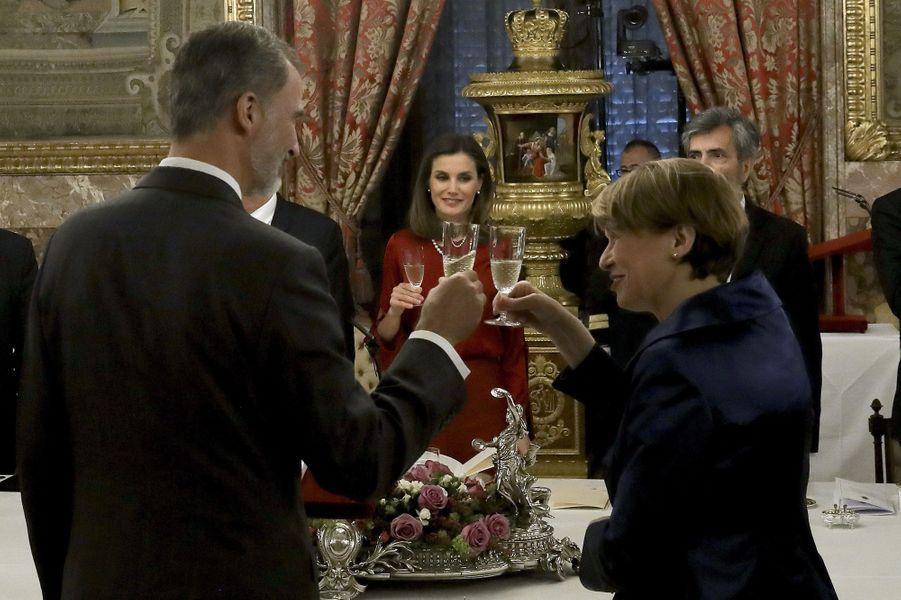 La reine Letizia et le roi Felipe VI d'Espagne avec le couple présidentiel allemand à Madrid, le 24 octobre 2018