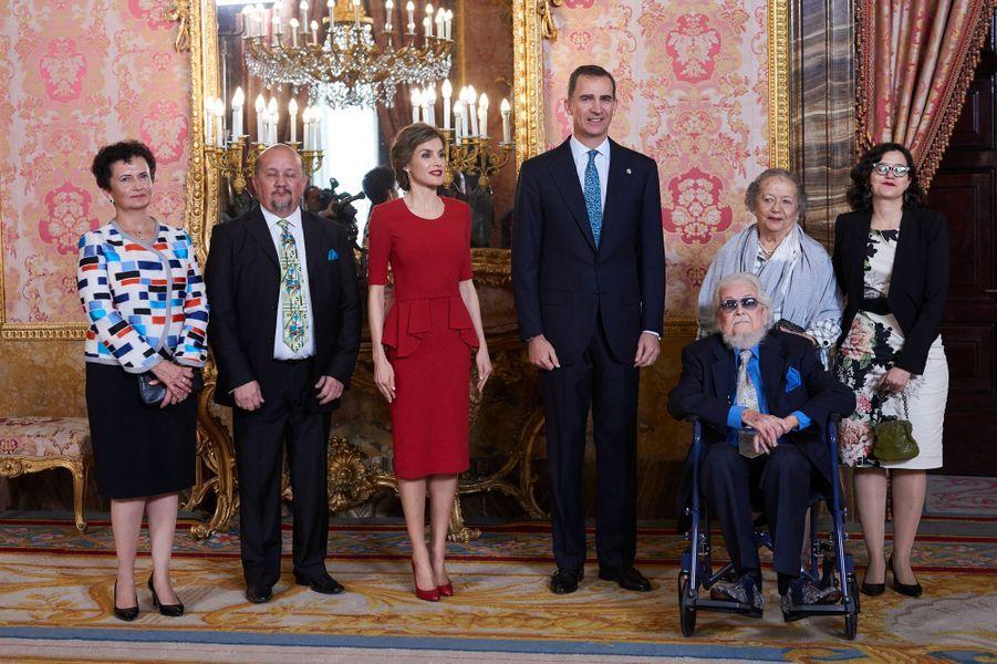La reine Letizia et le roi Felipe VI d'Espagne à Madrid, le 22 avril 2016