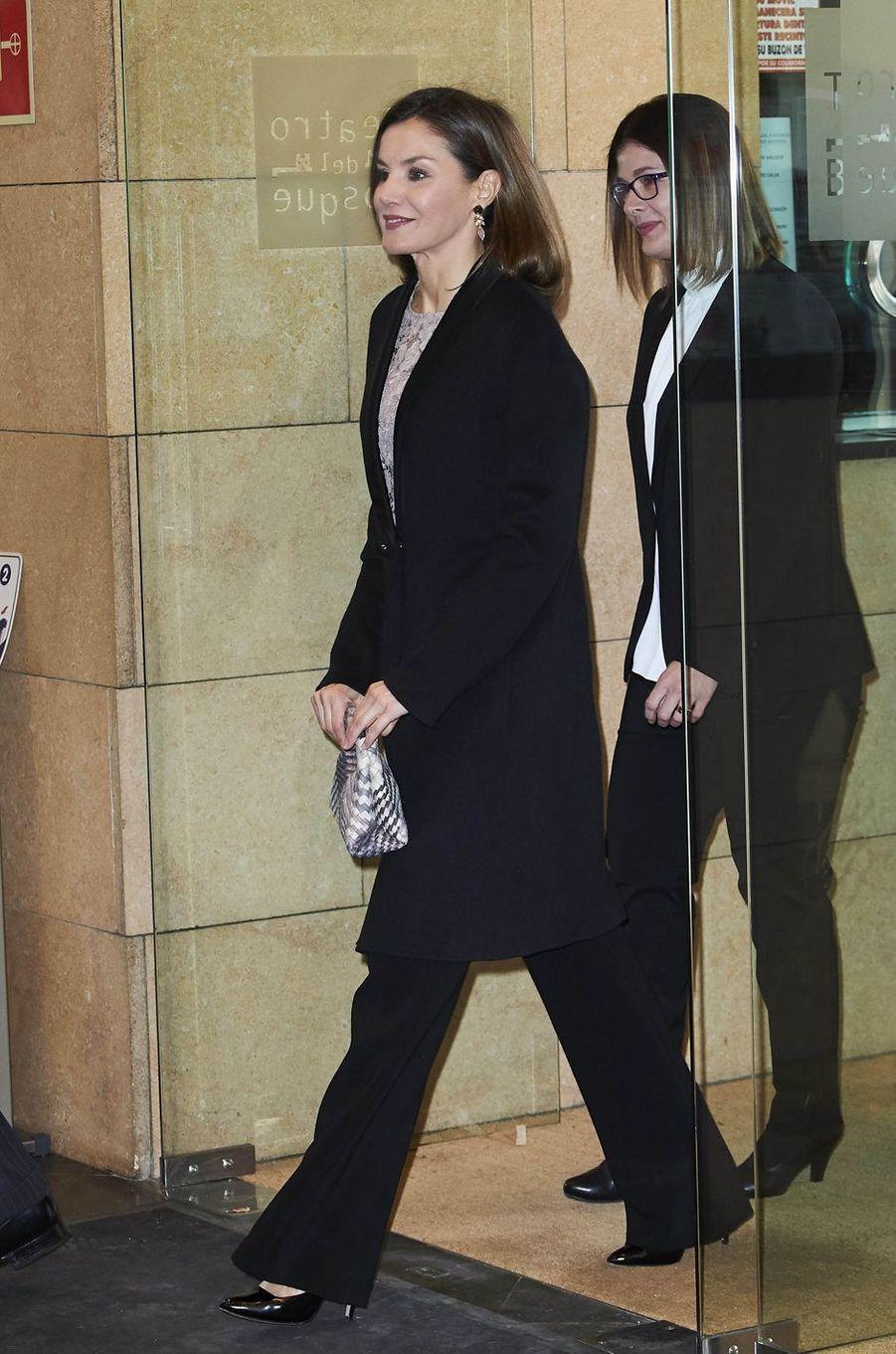 La reine Letizia d'Espagne à Mostoles, le 12 février 2018
