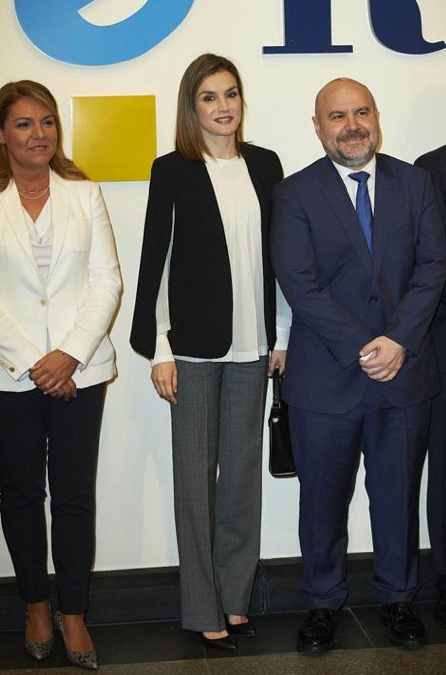 La reine Letizia d'Espagne à Madrid, le 28 avril 2016