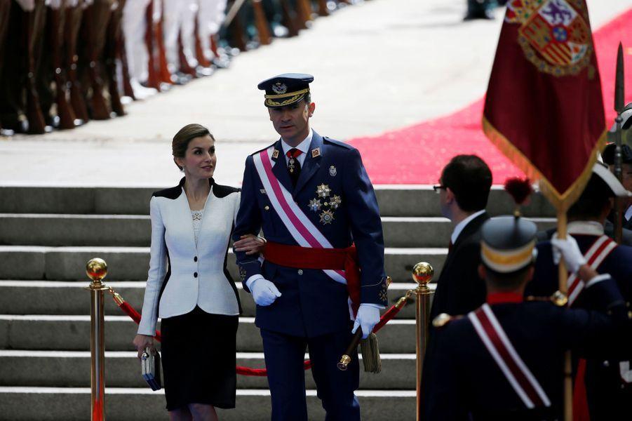 La reine Letizia et le roi Felipe VI d'Espagne à Madrid, le 28 mai 2016