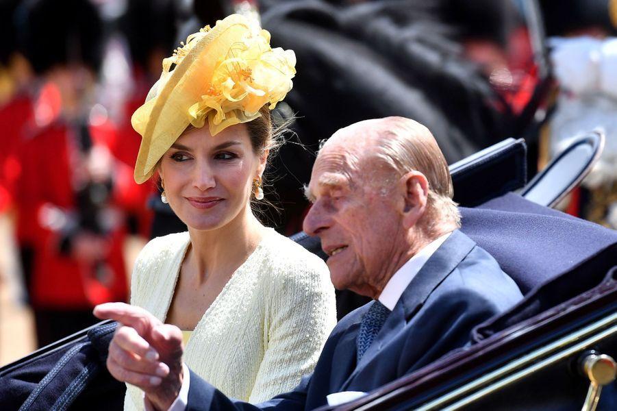 La reine Letizia d'Espagne et le prince Philip à Londres, le 12 juillet 2017