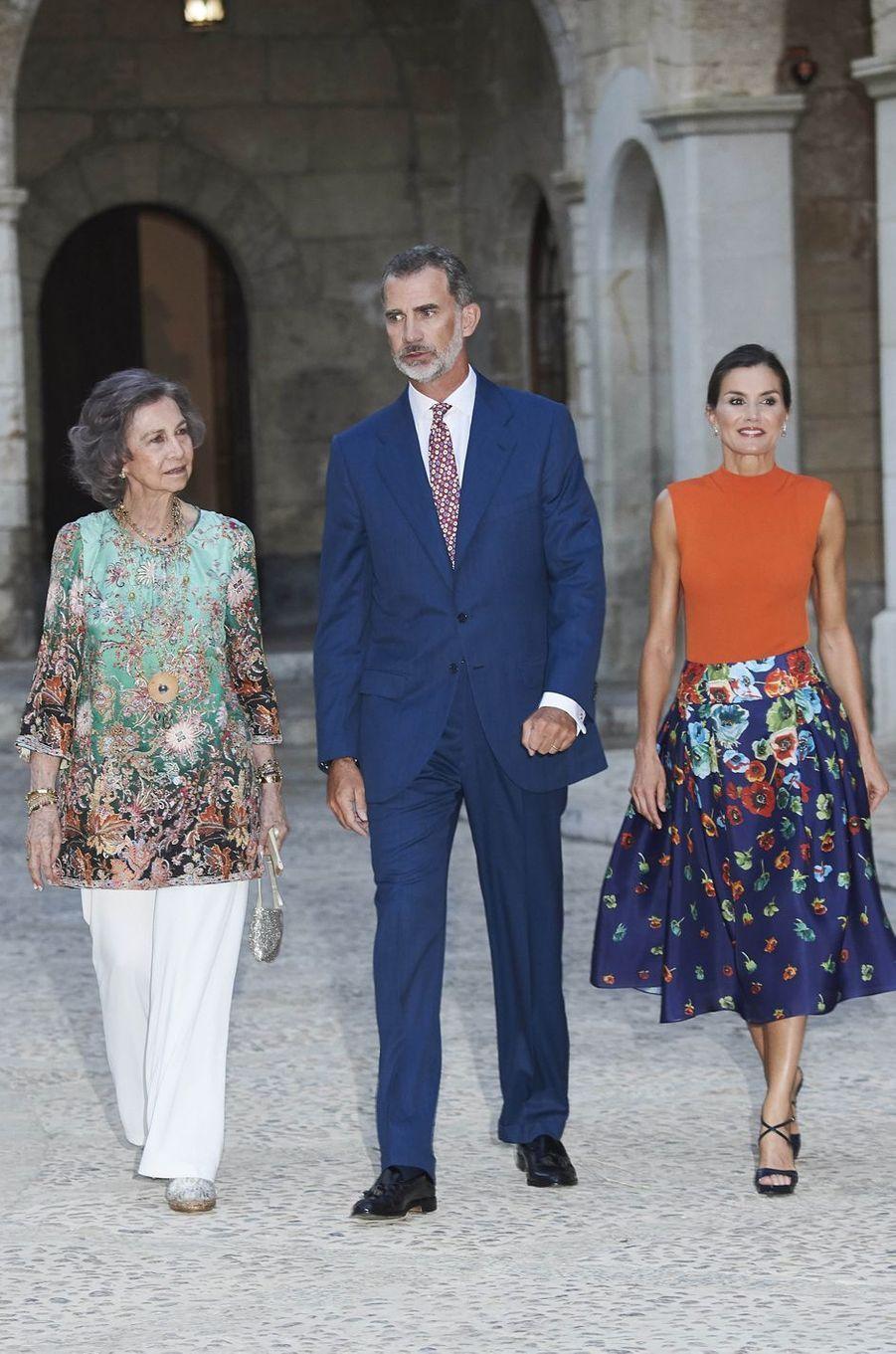 L'ex-reine Sofia, le roi Felipe VI et la reine Letizia d'Espagne à Palma de Majorque, le 3 août 2018