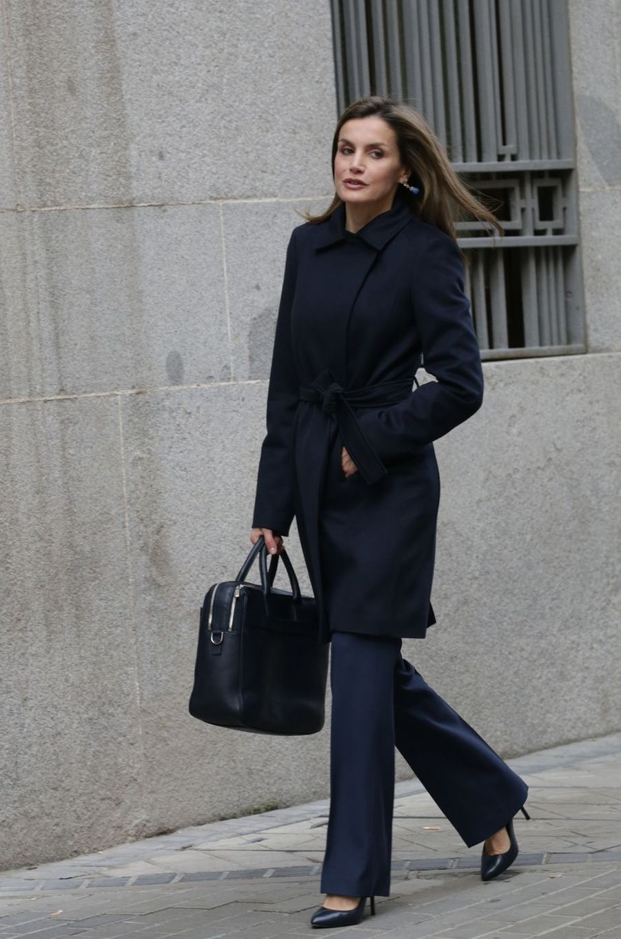 La reine Letizia d'Espagne se rend à une réunion à Madrid, le 10 janvier 2017