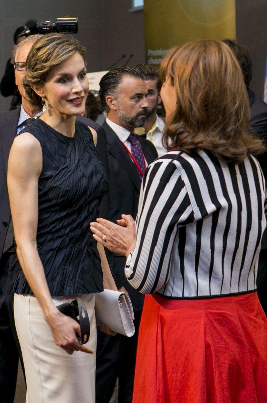 La reine Letizia d'Espagne avec Ségolène Royal à Paris, le 7 juillet 2016