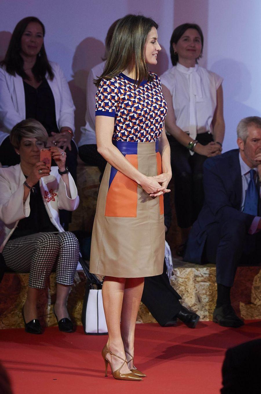 La reine Letizia d'Espagne, dans un look Hugo Boss, à Madrid le 7 mai 2018