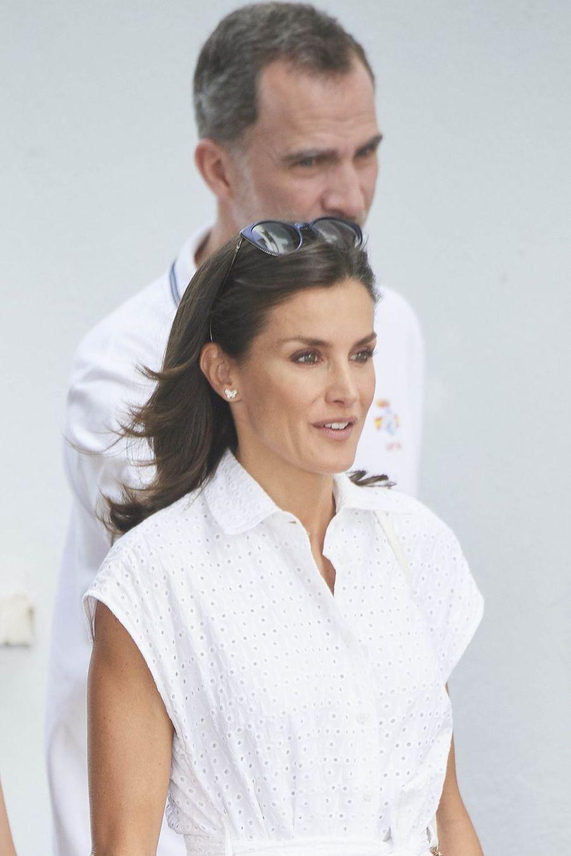 La reine Letizia etle roi Felipe VI d'Espagneà Palma de Majorquele 1er août 2019