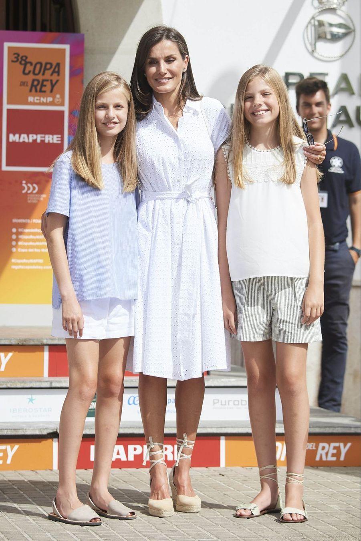 La reine Letizia et sesfilles Leonor et Sofiaà Palma de Majorquele 1er août 2019