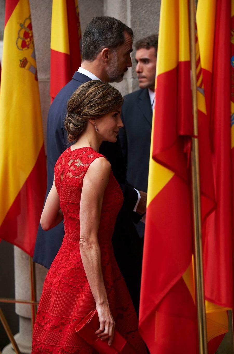 La reine Letizia et le roi Felipe VI d'Espagne au Palais des Cortes à Madrid, le 28 juin 2017