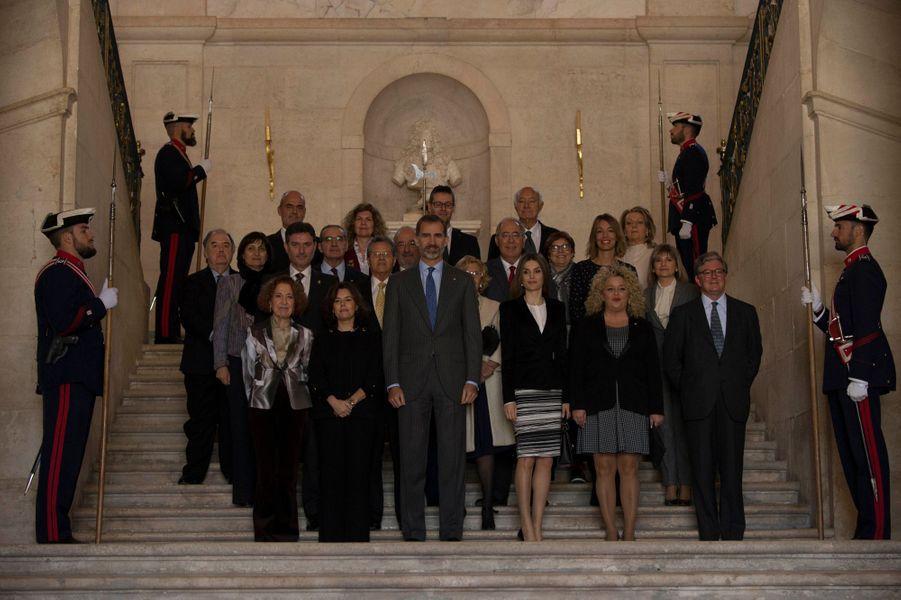 La reine Letizia et le roi Felipe VI d'Espagne au palais royal d'Aranjuez, le 7 novembre 2016