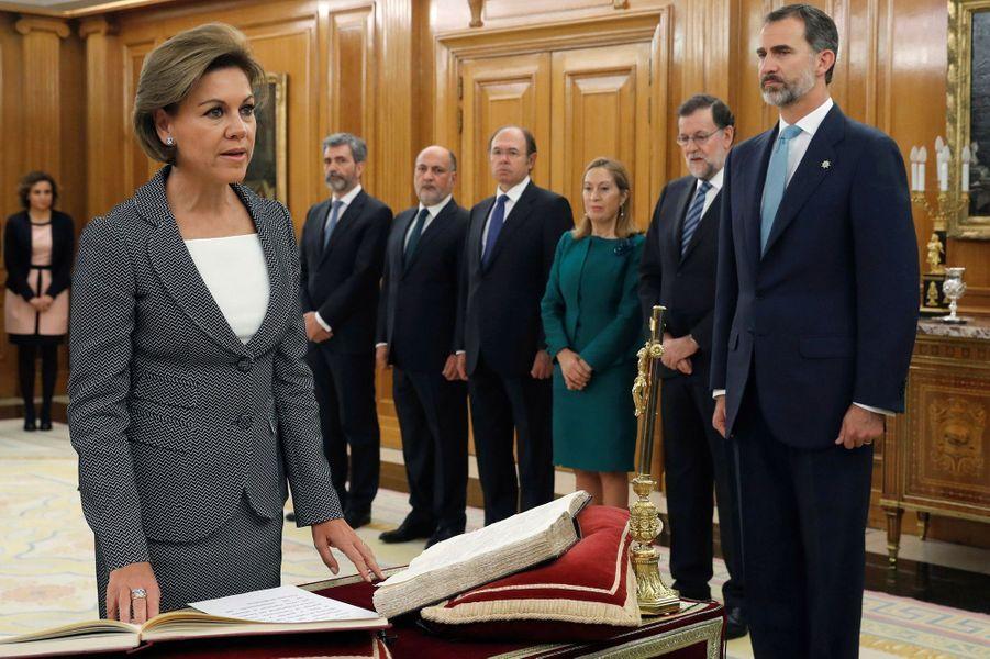 Le roi Felipe VI d'Espagne préside la prestation de serment des ministres du nouveau gouvernement Rajoy au palais de la Zarzuela à Madrid, le 4 novembre 2016