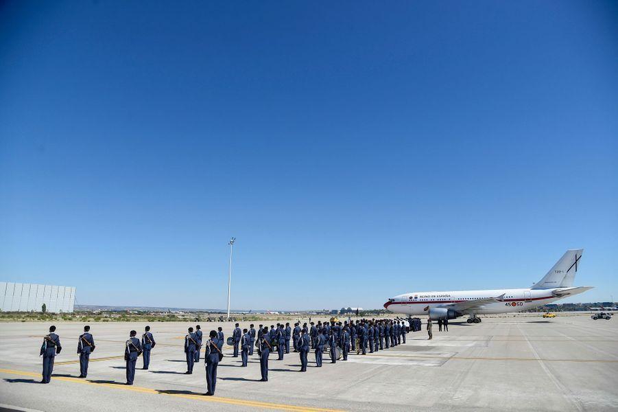 Cérémonie militaire pour le départ du roi Felipe VI et de la reine Letizia d'Espagne pour le Royaume-Uni, à Madrid le 11 juillet 2017