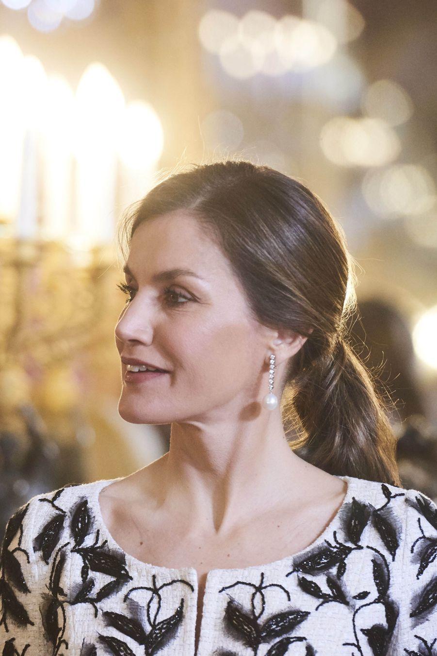 La reine Letizia d'Espagne à Madrid, le 12 avril 2018