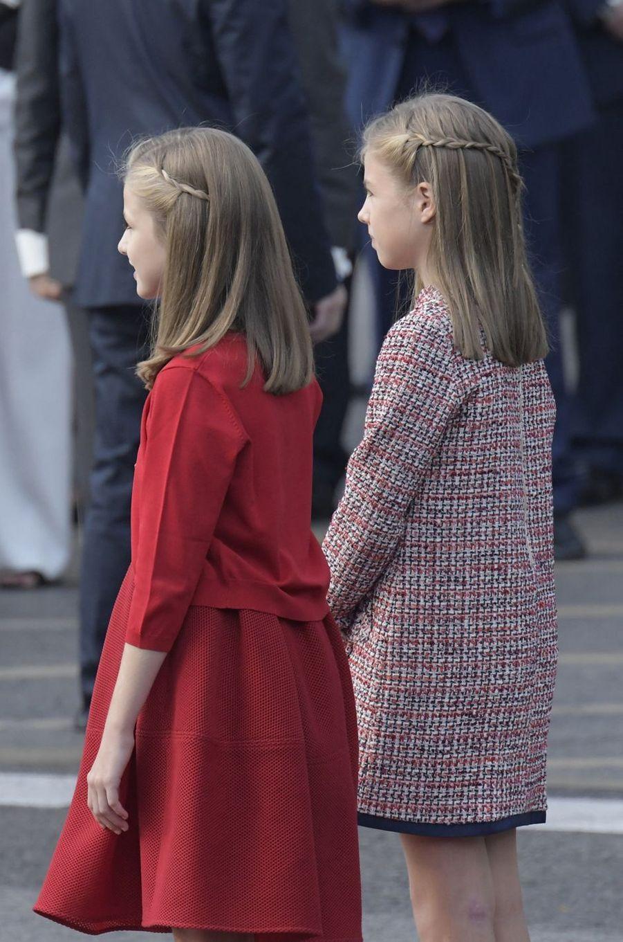 Les princesses Leonor et Sofia d'Espagne à Madrid, le 12 octobre 2017