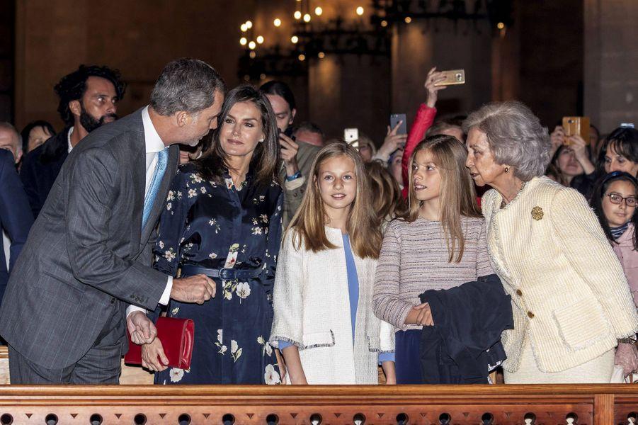 La famille royale espagnole à la messe de Pâques à Palma de Majorque, le 21 avril 2019