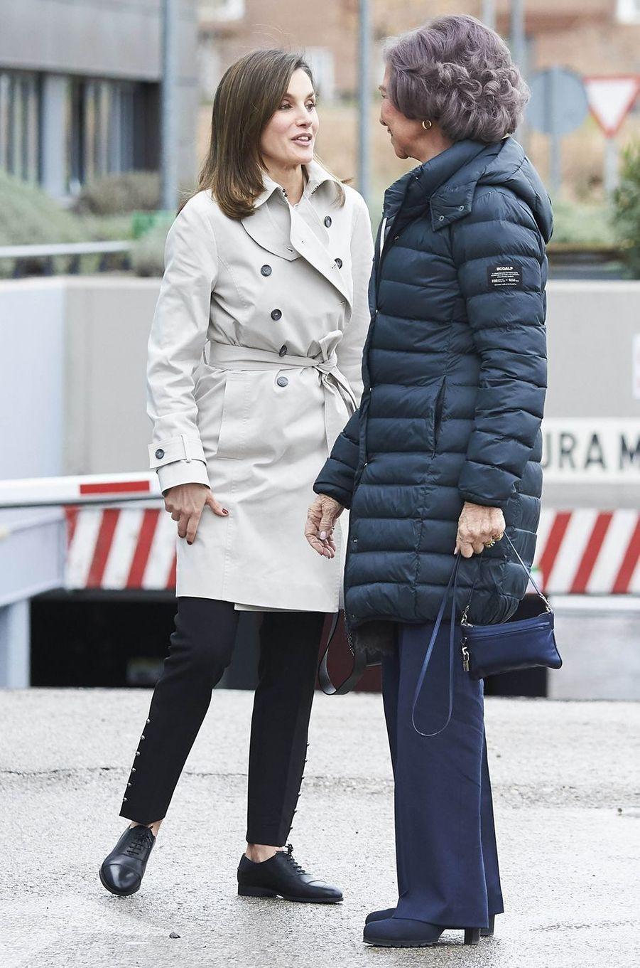 La reine Letizia et l'ex-reine Sofia d'Espagne à Madrid, le 7 avril 2018