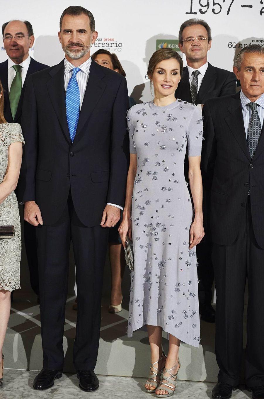 La reine Letizia d'Espagne en Nina Ricci, le 30 mai 2017