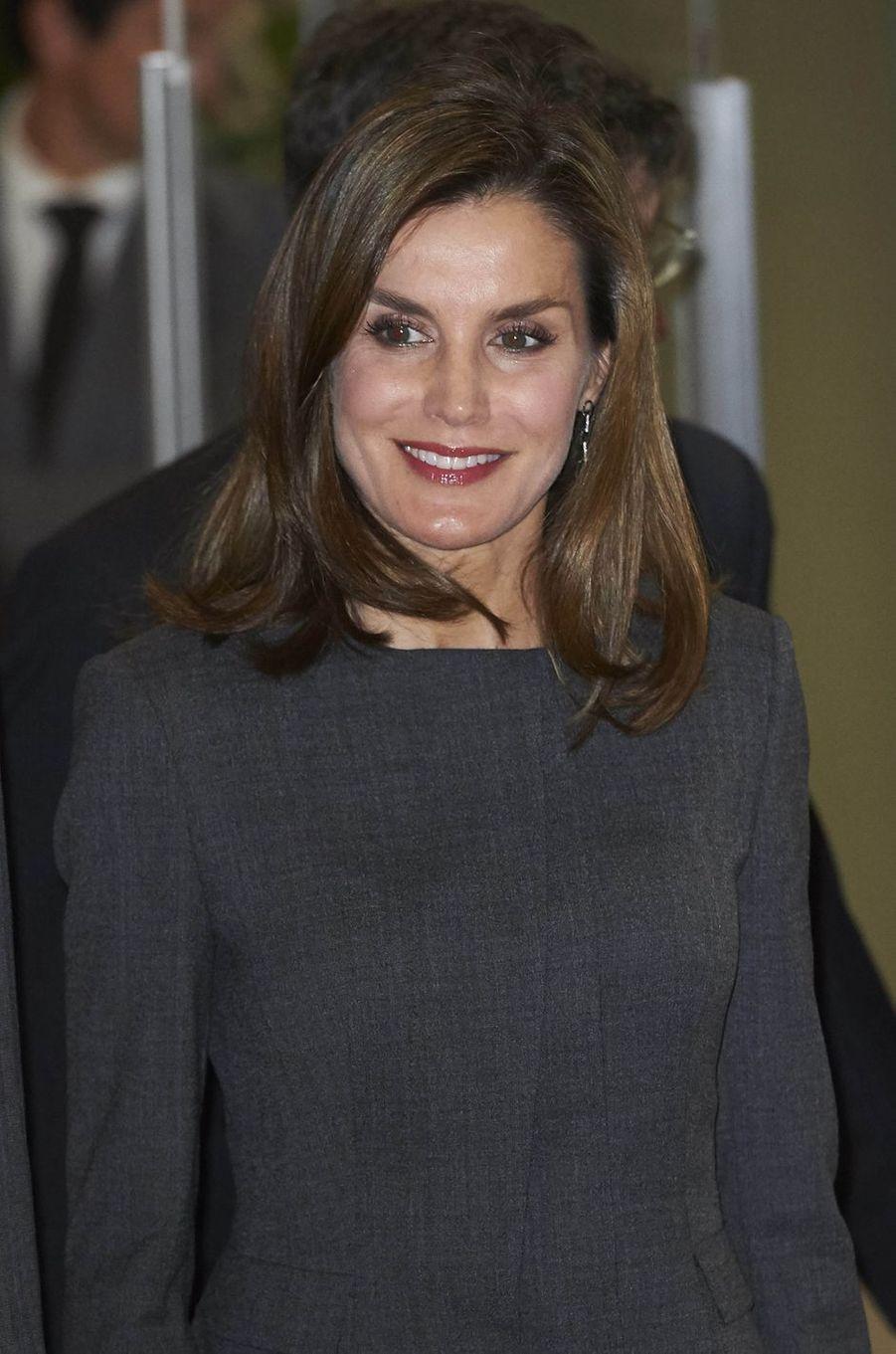 La reine Letizia d'Espagne à la Bibliothèque nationale à Madrid, le 24 novembre 2017