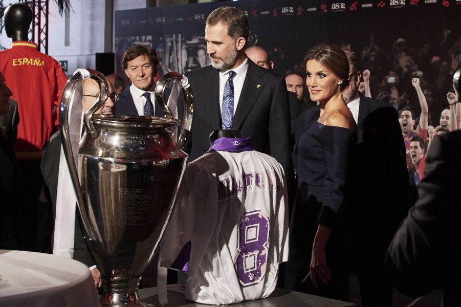 Le roi Felipe VI et la reine Letizia d'Espagne à Madrid, le 4 décembre 2017