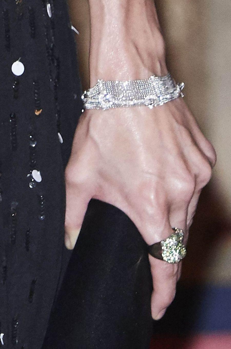 Les bijoux de la reine Letizia d'Espagne à Madrid, le 7 novembre 2017