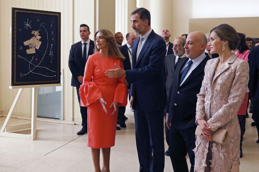 La reine Letizia et le roi Felipe VI d'Espagne à Porto, le 28 novembre 2016