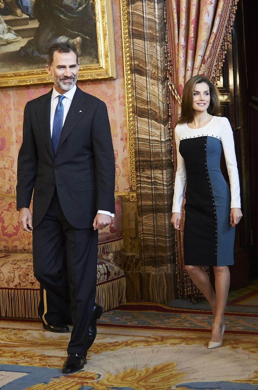 La reine Letizia et le roi Felipe VI d'Espagne à Madrid, le 19 avril 2017