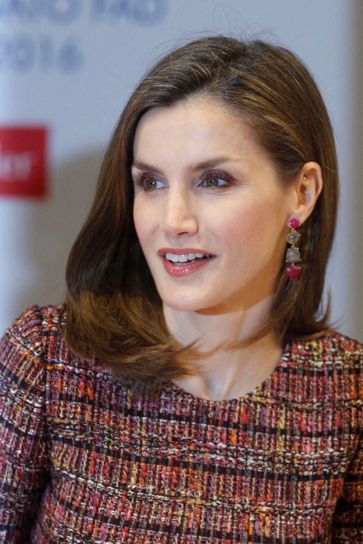 La Reine Letizia D'Espagne Lors D'une Réunion De La Fondation D'aide Contre La Toxicomanie 12