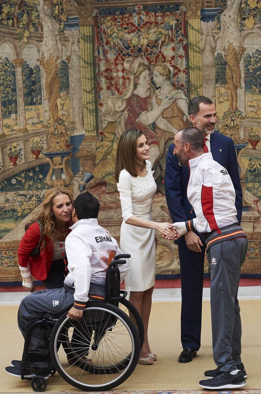 Letizia rend hommage aux champions des Jeux de Rio