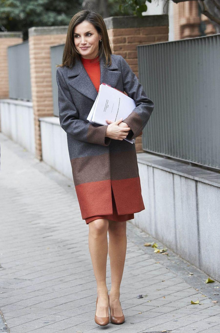 La reine Letizia d'Espagne en Hugo Boss à Madrid, le 14 février 2018