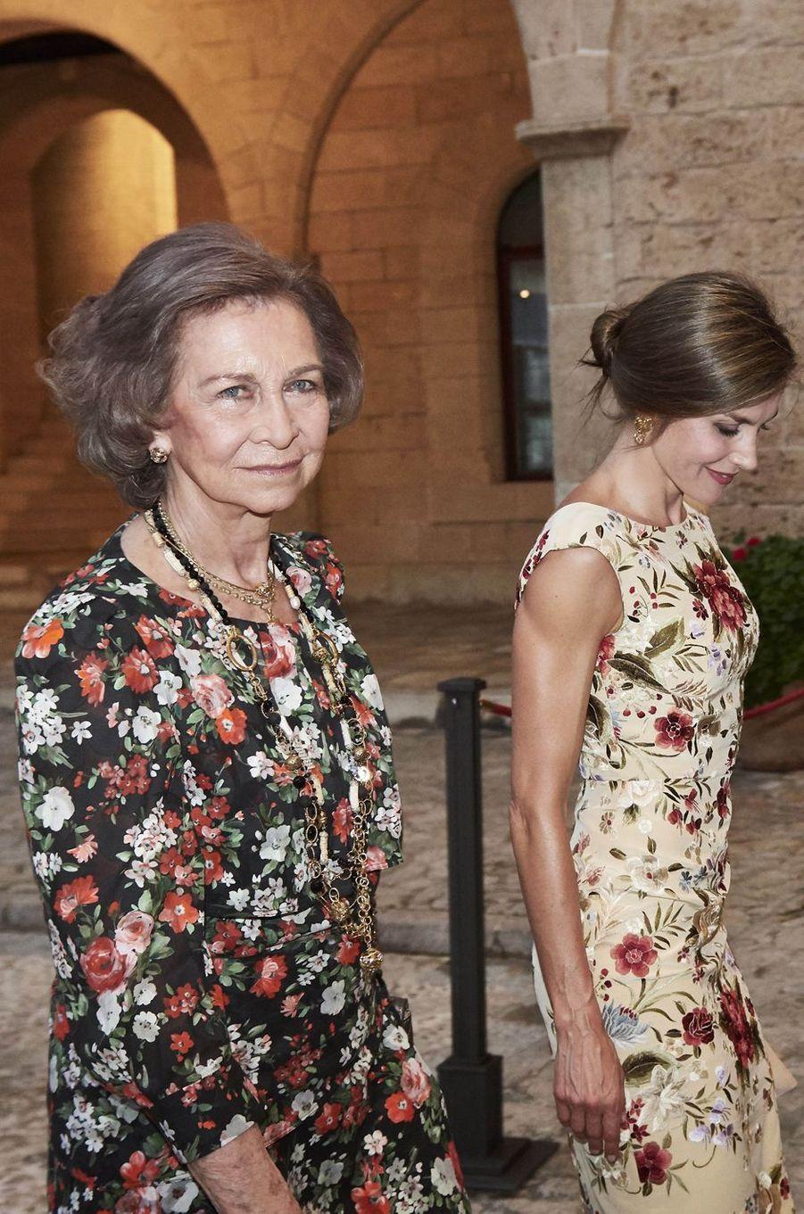 L'ex-reine Sofia et la reine Letizia d'Espagne à Palma de Majorque, le 4 août 2017
