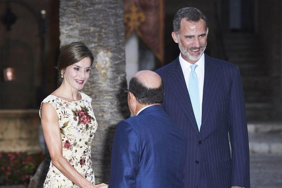 La reine Letizia et le roi Felipe VI d'Espagne à Palma de Majorque, le 4 août 2017