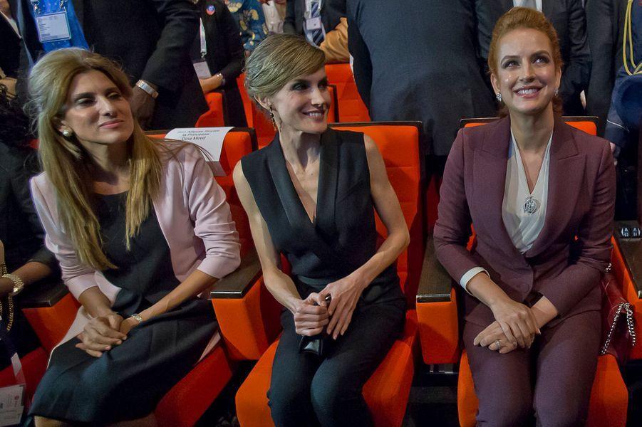 La princesse Dina Mired de Jordanie, la reine Letizia d'Espagne et la princesse Lalla Salma du Maroc à Paris, le 31 octobre 2016