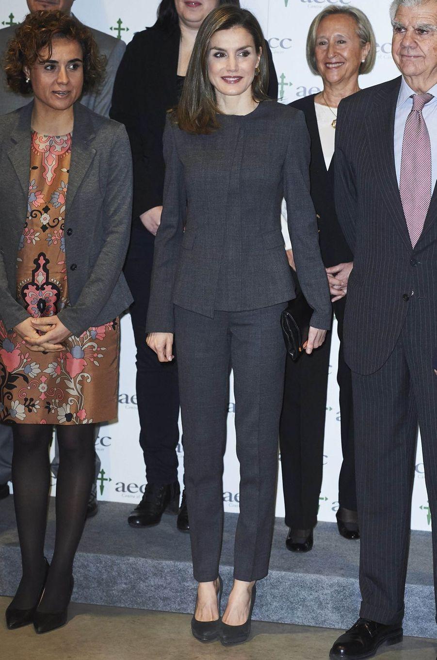 La reine Letizia d'Espagne en Hugo Boss à Madrid, le 2 février 2017
